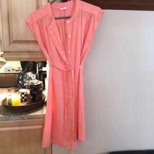 Pink sleeveless button down shirt dress w tie